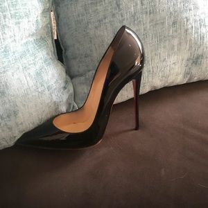 Christian loubs sz 41 gently used